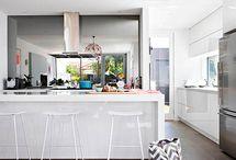 Six Pieces Kitchen