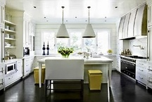 Kitchens / by Beth Ellis