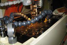 Narzedziownia / W szeroki zakres naszych usług narzędziowych wchodzi wykonywanie:      obróbki skrawaniem i elektroerozyjnej     form wtryskowych według wzoru, rysunku, dokumentacji własnej lub klienta     narzędzi do obróbki plastycznej     narzędzi do obróbki tworzyw sztucznych (m.in. głowic i ustników do wytłaczarek)     detali z tworzyw sztucznych na formach własnych lub klienta