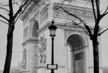 PARIS, LA CIUDAD LUZ / by bernadette servin