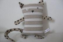 chat en tissu / chat alors