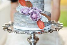 Cakes. Cakes? Cakes! / by Tiffany De La Paz