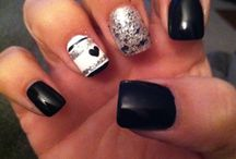 Nails / by Laura Bean