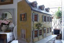 Impressing miniatures