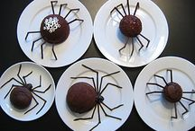 Halloween Desserts / by Andrea Vickers-Sivret