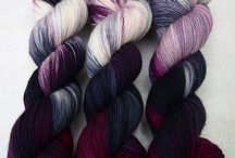 Yarn / There are all kinds of colours and textures of wool here!