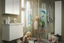Udden Badrumsmöbler / Den perfekta serien för små badrum eller gästbadrum. Smart förvaring som integrerats i möblerna för att inte ta för mycket av utrymmet.