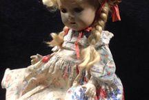 Dolls / www.CalAuctions.com