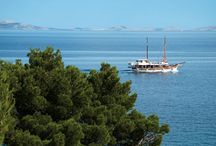 Randonnée croisière / Découverte complète du pays à bord d'une embarcation confortable (felouk, caïque, voilier...) ponctuée de randonnées à la journée. Nuits à bord...