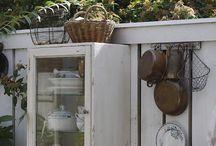 Outdoor cottage kitchen