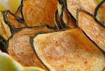 Food- Snacks / by Aurora Castellanos