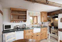 Venables Oak Project: Thatched Cottage