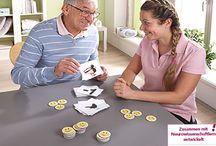 Senioren Beschäftigung / Spiele, Beschäftigungsmaterialien, Aktivierungsangebote für Demenzkranke und Orientierungshilfen sind wichtig für den Alltag von Senioren.