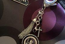 Decorative purse clips