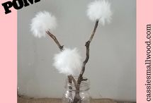 Cheap DIY Crafts / Cheap easy DIY craft ideas for home decor and other fun crafts for adults and kids to make on a budget.  Cute and simple DIY crafts you can make and sell or decorate your home.