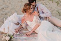 Stylizowana sesja zdjęciowa boho na plaży/ Boho beach styled photoshoot / Stylizacja: Rekwizytornia&Company Fot.: Atelier wspomnień