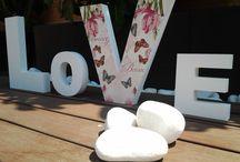 Para bodas. / Letras de madera para bodas.