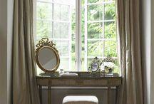 Closet/dressing room/vanity