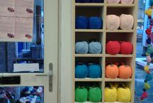 Soft Fun - Katoen /Acryl .  / Soft -Fun van Scheepjes wol . Mooie heldere kleuren .  Al deze kleuren Soft -Fun zijn te koop bij Atelier-KleurrijkVilt Delft .  Fijn garen om mee te haken en te breien .