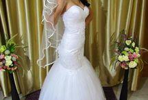 Menyasszonyi ruhák / Albumunk csak ízelítő, mindenképpen nézzetek szét honlapunkon vagy Facebook oldalunkon, de legfőképp szalonunkban!