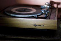Sound - turntable - Garrard