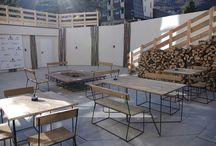 Hôtel / Eco Fabrik conçoit et aménage des espaces uniques, esthétiques, confortables & fonctionnels en jouant avec les volumes, la lumière, le mobilier et les matériaux, tout en tenant compte des souhaits de nos clients.