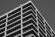 """Arquitectura Bauhaus / Recorrido """"Bauhaus Stgo"""" (App), parte del recorrido donde descubrí lugares bellos en los cuales uno nunca se detiene, la mayoría en el centro de Santiago, retro y futurista, tremendas muestras de Arquitectura."""