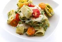 food | recipes / by Elizabeth Villa