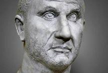 Césares/Emperadores y su entorno