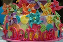 Olivia's birthday ideas !  / by Nathaly Molina