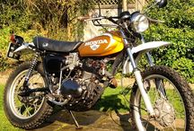 Vintage Honda Motorcycles / Collection of Vintage Honda Motorcycles