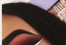 makeup , hair