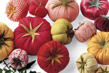 tomatoes, apple etc. / stuffed fabric fruit and vegetables