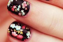 Ongles, maquillage et coiffure