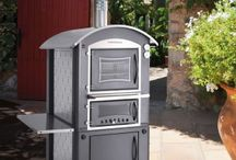 Pizza Ovens / Home cooked pizzas and more. Looking for an outdoor oven? Here are some great options.