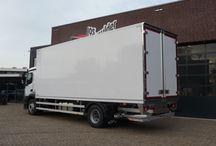 Isonort - Cavalier / Internationaal koeriersbedrijf Cavalier is gespecialiseerd in binnenlandse en buitenlandse leveringen waaronder temperatuur geregeld vervoer. Om aan wet- en regelgeving te voldoen kiest Cavalier voor een Isonort koel- en vriesopbouw. Leverancier van deze Isonort opbouw is Carrosseriebouw Jos Mulder uit Bunnik.