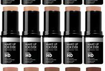 "make up forever / "" When in doubt keep blending "" *Make up forever *"