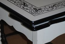 Vintage Enamel Topped Tables / by Jen Score