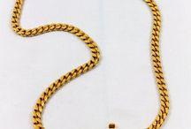 Gold chain / Bae