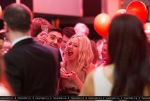 Tom Parker e Kelsey Hardwick no The Orange Ball  em Londres, na Inglaterra - 6 de novembro / Tom Parker e Kelsey Hardwick compareceram ao The Orange Ball da instituição ellenor em Londres, na Inglaterra no dia 6 de novembro.
