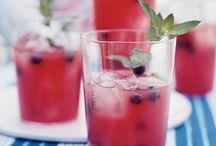 Drinks / by Linda Altland