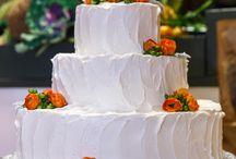 Wedding Cakes | Pond House Cafe / Gorgeous wedding cakes from weddings at the Pond House Cafe!