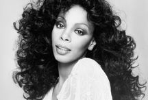 Donna Summer : Queen of Disco / What an icon! I would have enjoyed going to a concert.