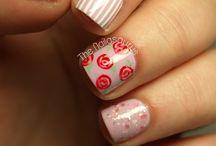 Vintage / Flower / dotted nails