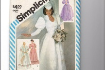 Pattern Shop / Costume patterns, Vintage sewing patterns, Doll patterns, Needlecraft and Kit patterns, Sewing Helps and Equipment