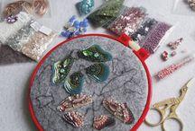 Textilní a korálkové šperky