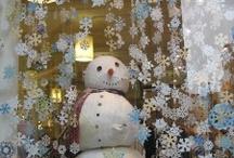 Christmas business window display idea