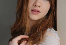 Amelia Calley / Model