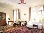 Immobilier / Appartements parisiens de prestige. Paris 17ème, 16ème, 8ème, 9ème, Neuilly.
