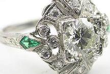 rings / by Lori Robinson